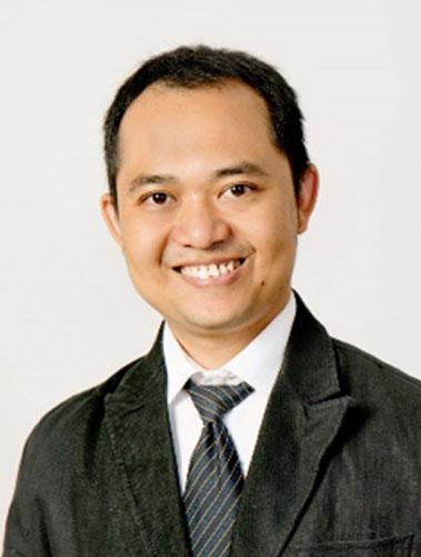 Dr. Soni Darmawan