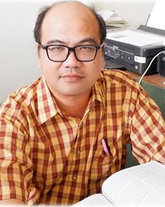 Dr. Yuki Achmad Yakin